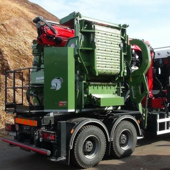Pezzolato PTH 1000/1000 tehergépkocsis dobos aprítógép