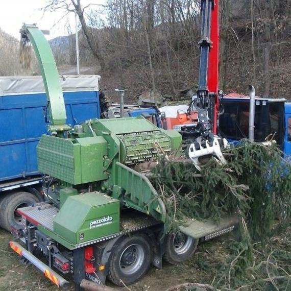 Pezzolato PTH 1200/820 tehergépkocsis dobos aprítógép
